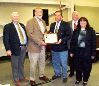Hunterdon County Freeholders accept an award Presented to Hunterdon County by the NJ Historic Sites Council